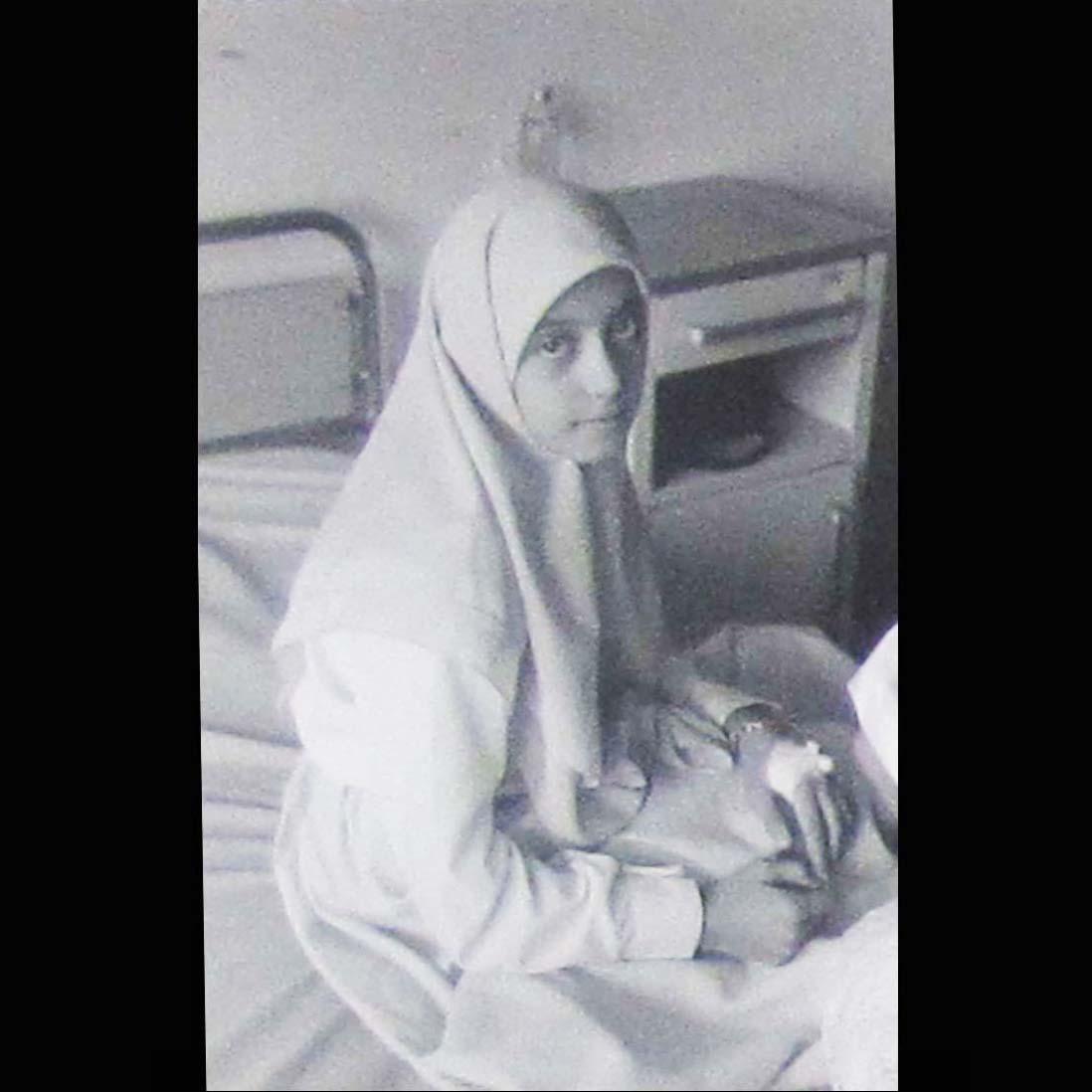 Girl in White, Alan Pogue